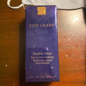 Estée Lauder double wear 3N1 ivory beige